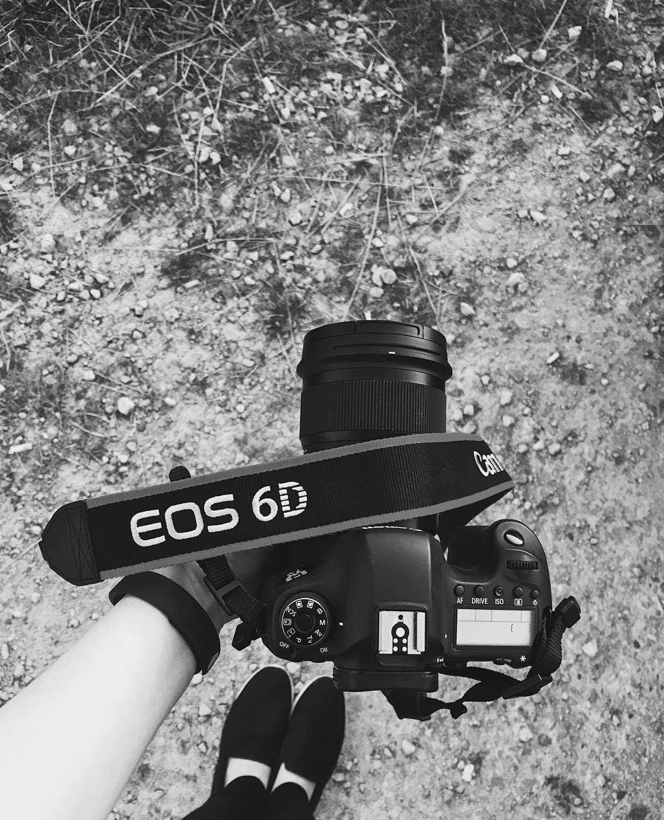 Feet, Camera, DSLR, Canon, Canon 6D, 6D, EOS, EOS 6D, Black and White, Alport, Alport Heights, Photography, Photography Bloggers, Katie Writes Blog, Katie Writes,