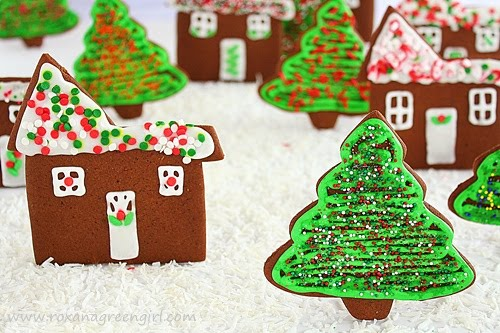 gingerbread cookies | roxanashomebaking.com