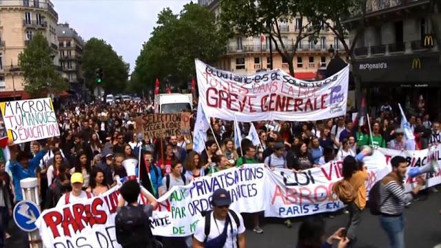 Estudiantes protestan en París contra políticas de Macron