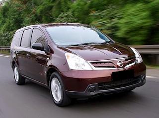 Nissan Grand Livina autobild