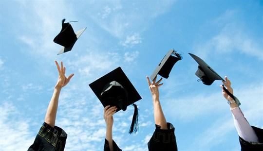 Malaysia Student Fresh Graduates