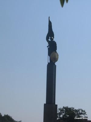 viena-monumentul-armatei-rosii-4