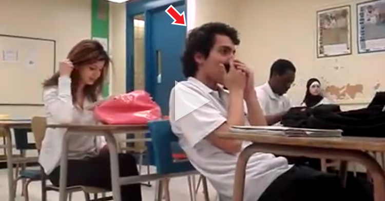 Student doing Beatbox while playing Harmonica amazes his classmates
