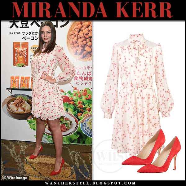 Miranda Kerr in white printed giambattista valli dress and red pumps manolo blahnik model celebrity style january 10