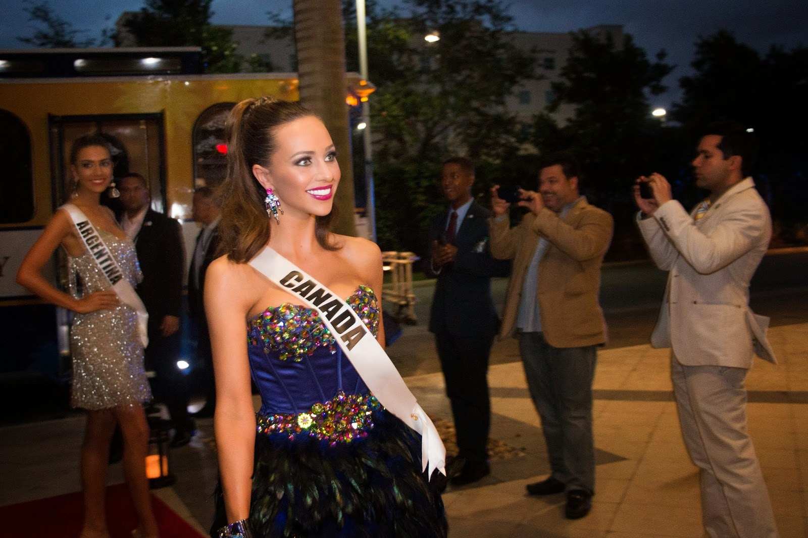 Miss Universe contestants at Harvest Delight Restaurant on