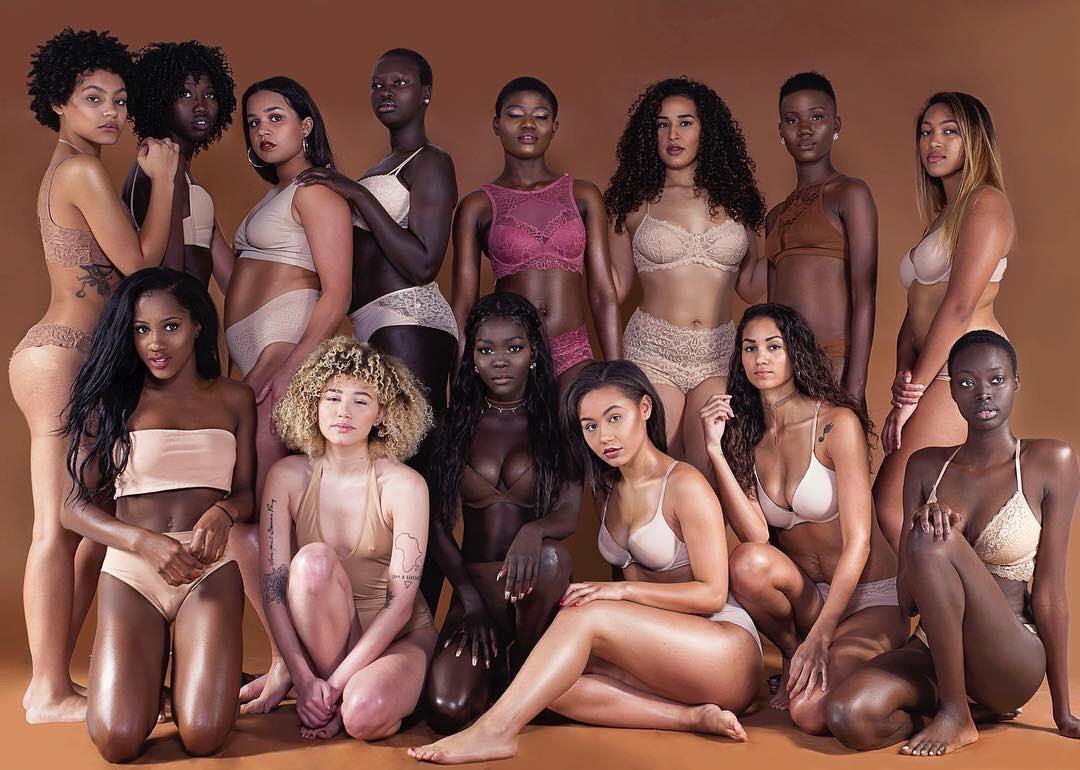 Оргии с красотками онлайн, порно лесбиянки молоко
