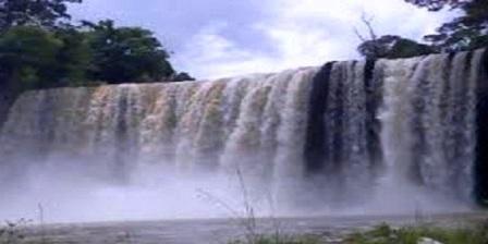 Air Terjun Mananggar Wisata Paling Terkenal di landak Kalimantan Barat