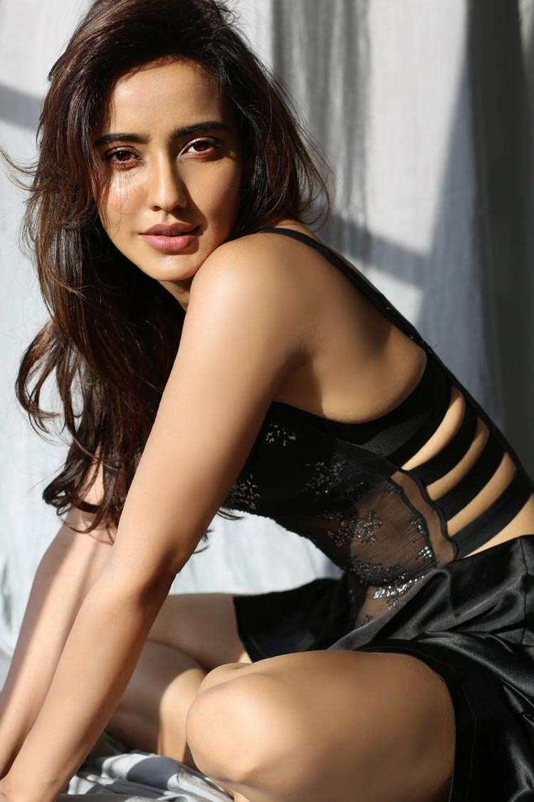 sexy hot pics of bollywood actress