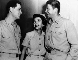 Hellcats of the Navy 1957 movieloversreviews.filminspector.com Ronald Reagan Nancy Davis Arthur Franz