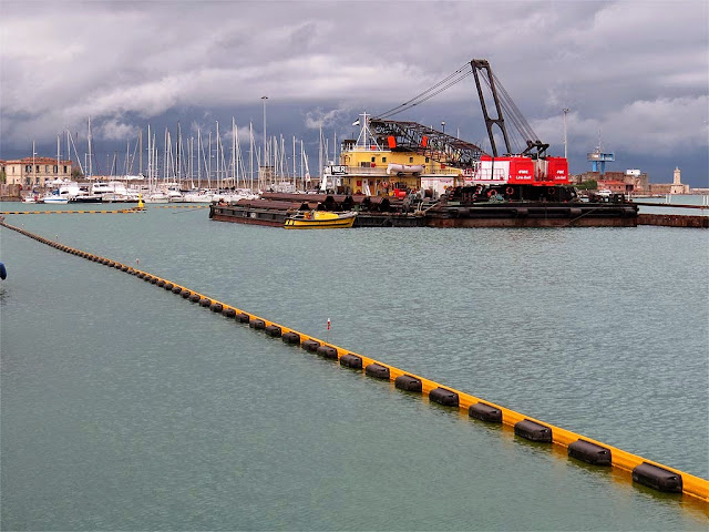 Works at Elba pier, port of Livorno