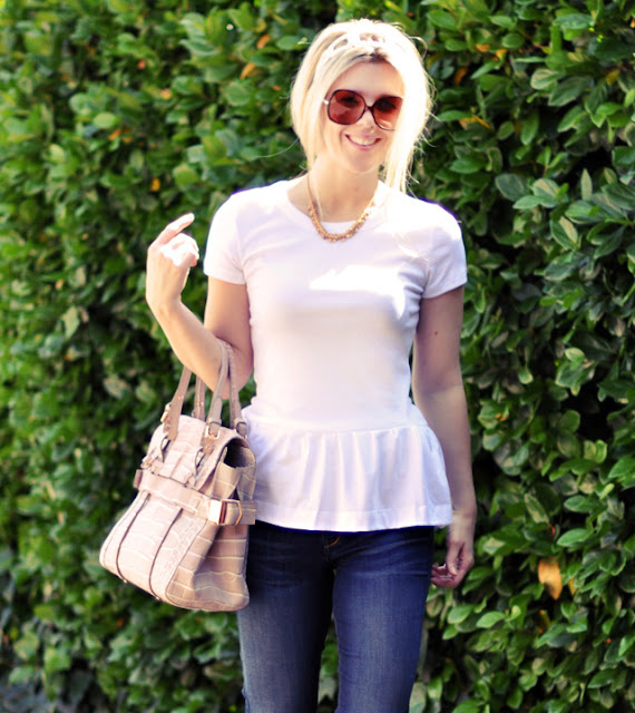 white tee shirt must have fashion
