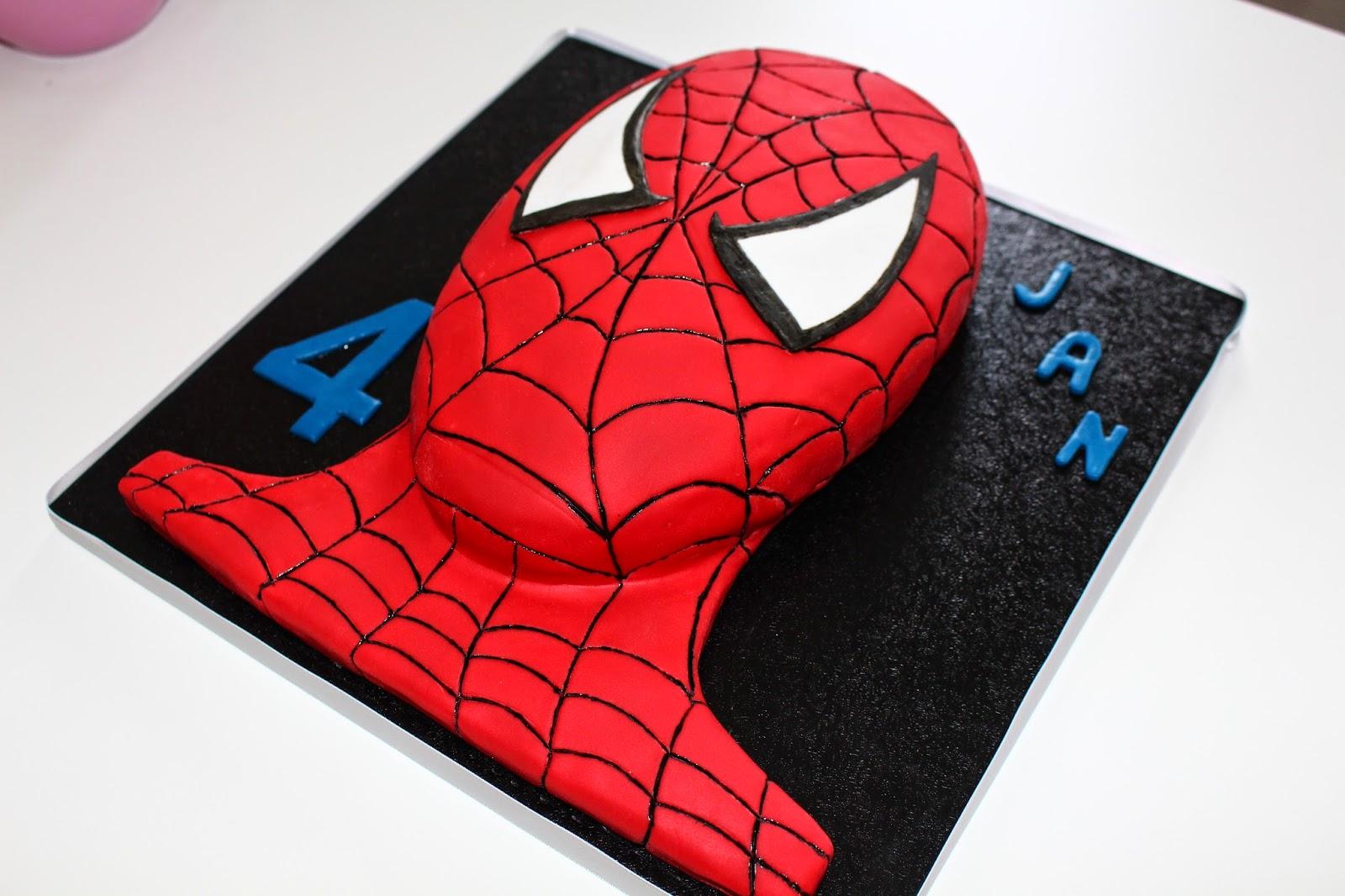 I Bake You Smile Spiderman Torte