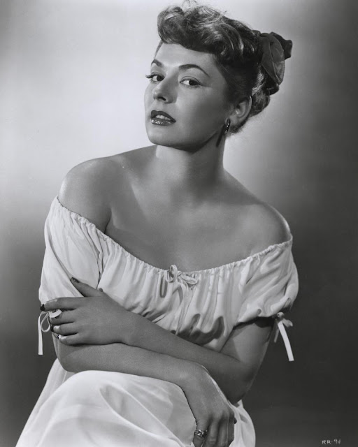Ruth Roman Of Many Movies She Was In Strangers On A: It's The Pictures That Got Small ...: THE MONDAY GLAMOUR 15
