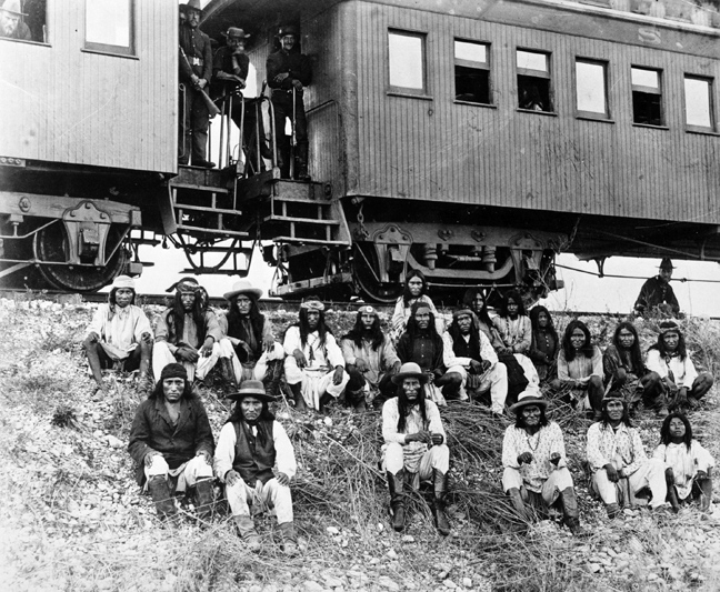 Τα Νοτιοδυτικά: Ναβάχο και Απάτσι