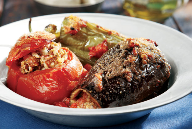 Τα πιάτο του ελληνικού καλοκαιριού: H αργείτικη συνταγή για γεμιστά