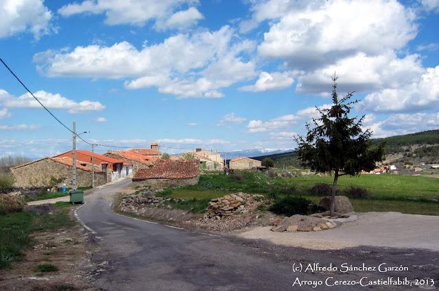 arroyo-cerezo-castielfabib-barrio-arriba