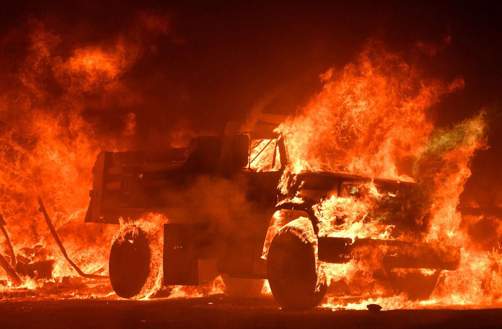Страшные пожары в Калифорнии (15 фото)