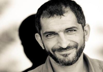 القضاء المصري يدين الفنان عمرو واكد بالسجن 5 سنوات ويمنع تجديد جواز سفره
