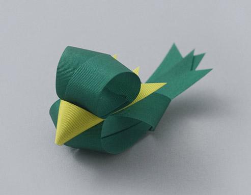 bird shaped ribbon