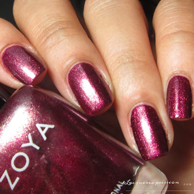 Nail polish swatch of Britta from the Fall 2016 Urban Grudge Metallic Holos collection by Zoya