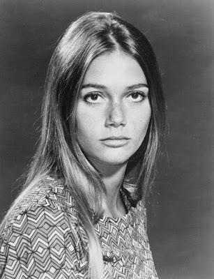 Velho retrato da atriz Peggy Lipton