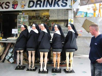 asientos divertidos de piernas de mujer con portaligas