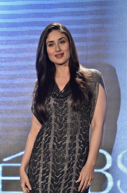 Bollywood Actress Kareena Kapoor Photos In Black Dress At Lakme Fashion Week