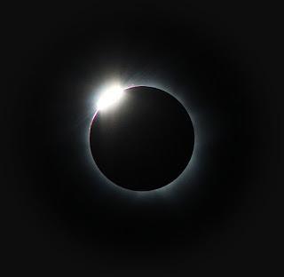 https://eclipsemega.movie/