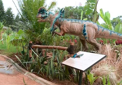 11 Taman Dinosaurus Di Indonesia Buku Tahu