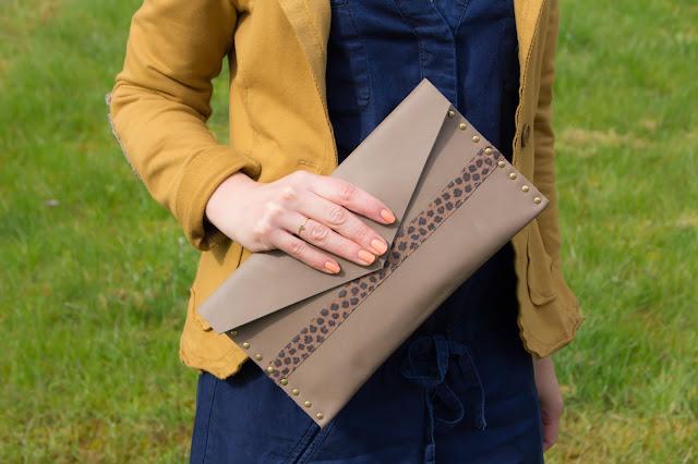 robe en jean promod veste pochette en cuir amand