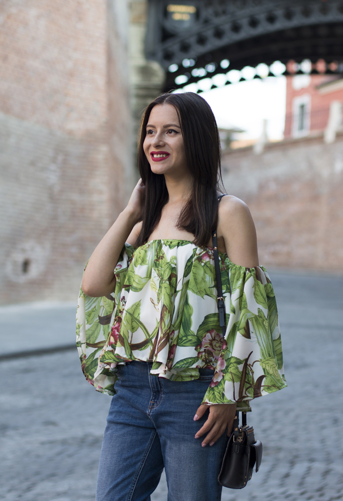 off the shoulder top with tropical print