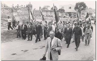Desfile en el Tepotzotlán antigüo