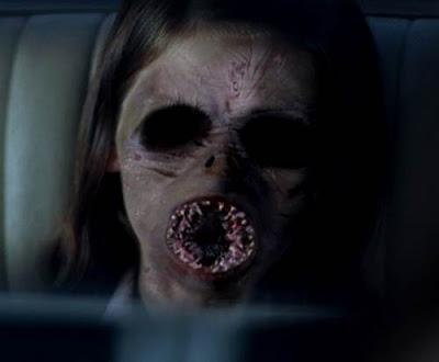 foto penampakan hantu dalam iklan sctv