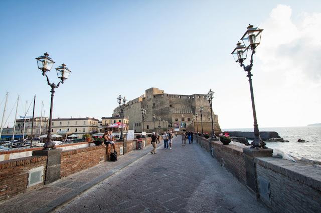 Castel dell'Ovo-Napoli