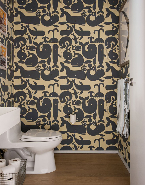Bathrooms with bold patterned walls | Image by Matthew Williams via Remodelista