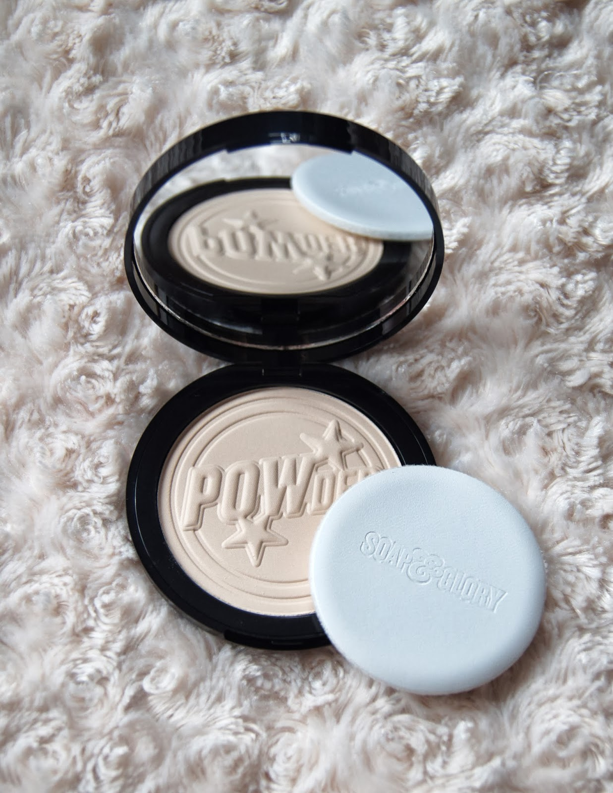 soap and glory one heck of a blot translucent mattifying powder review