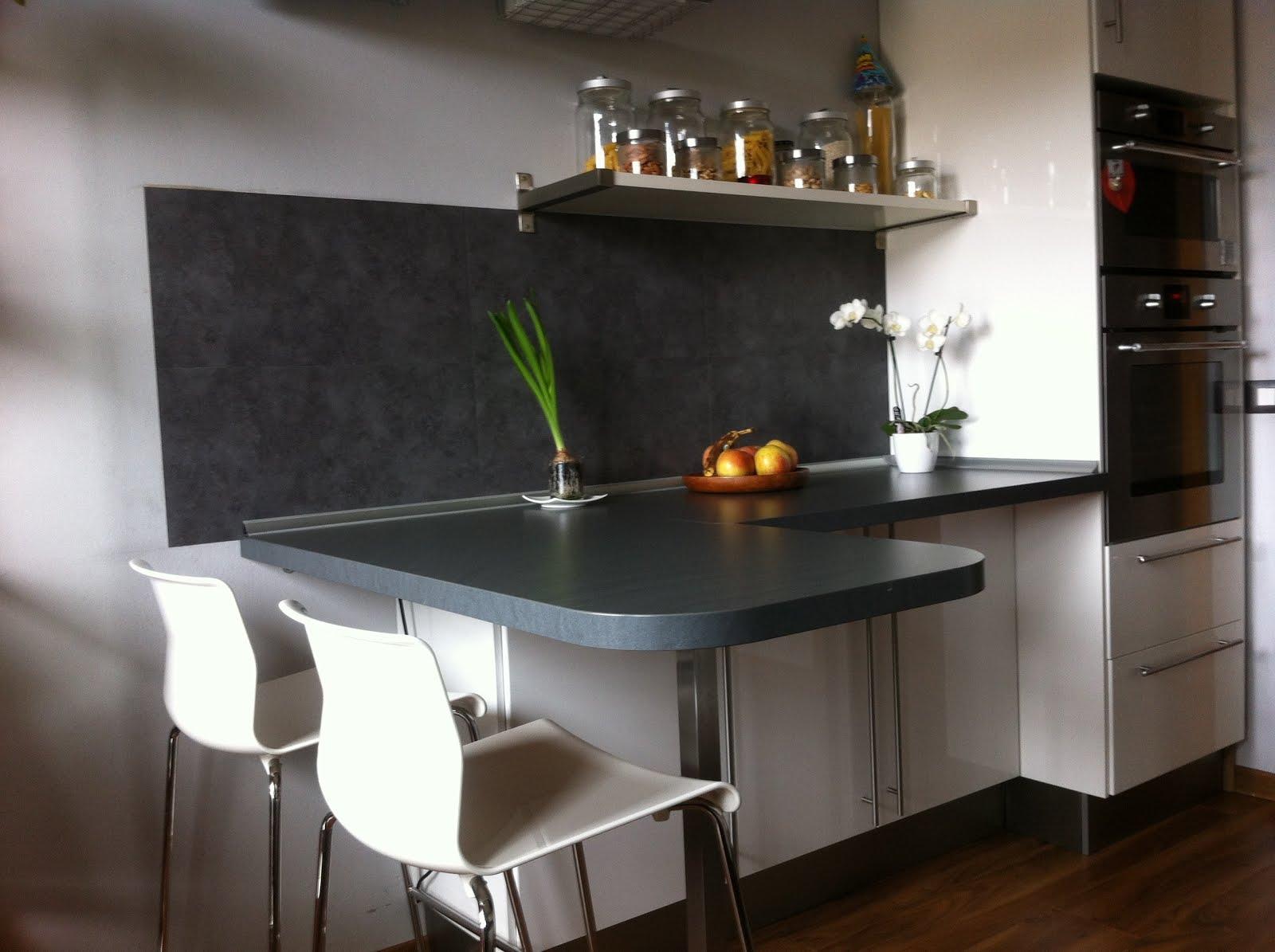 Piastrelle in pvc in cucina
