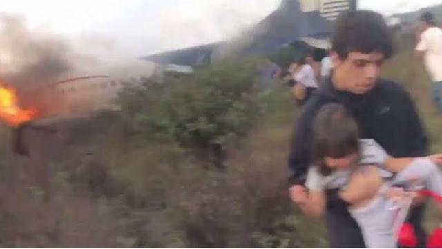 VIDEO; Pasajera grabó momento de caída y a pasajeros escapando del avión en Durango