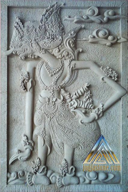 relief  batu paras jogja / batu paras putih motif wayang duryudana