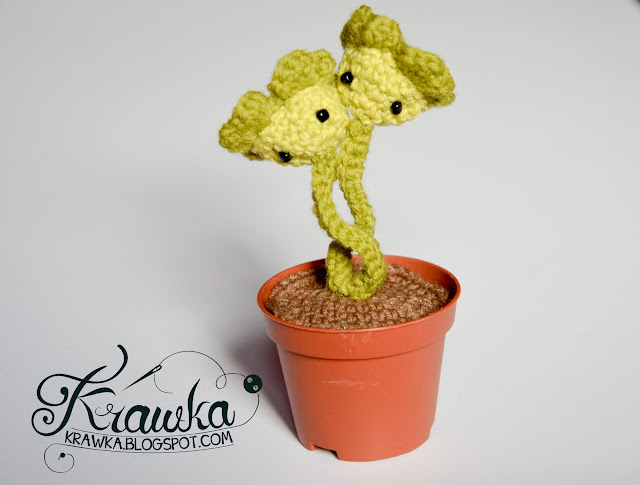 Krawka: Four leaf clovers for good luck Free Crochet pattern.