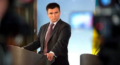 """Клімкін поскаржився на """"диванну реакцію"""" європейських політиків на агресію Росії."""