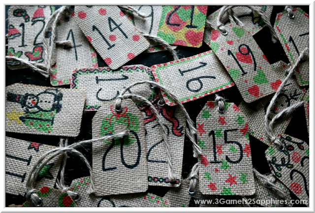 Easy DIY advent calendar craft to make with your kids  |  3 Garnets & 2 Sapphires
