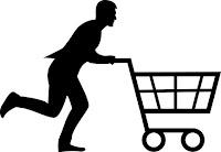 Una de compras en el súper: señor corriendo con carrito