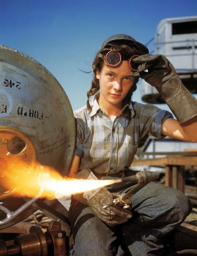 52 photos of women who changed history forever - Winnie the Welder. [1943]