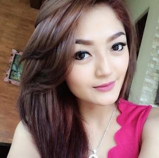 Profil dan Biodata Artis Cantik Siti Badriah Terlengkap
