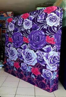 Kasur inoac motifbunga mawar ungu