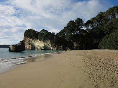 Cathedral Cove, Hahei, Península de Coromandel, Nueva Zelanda