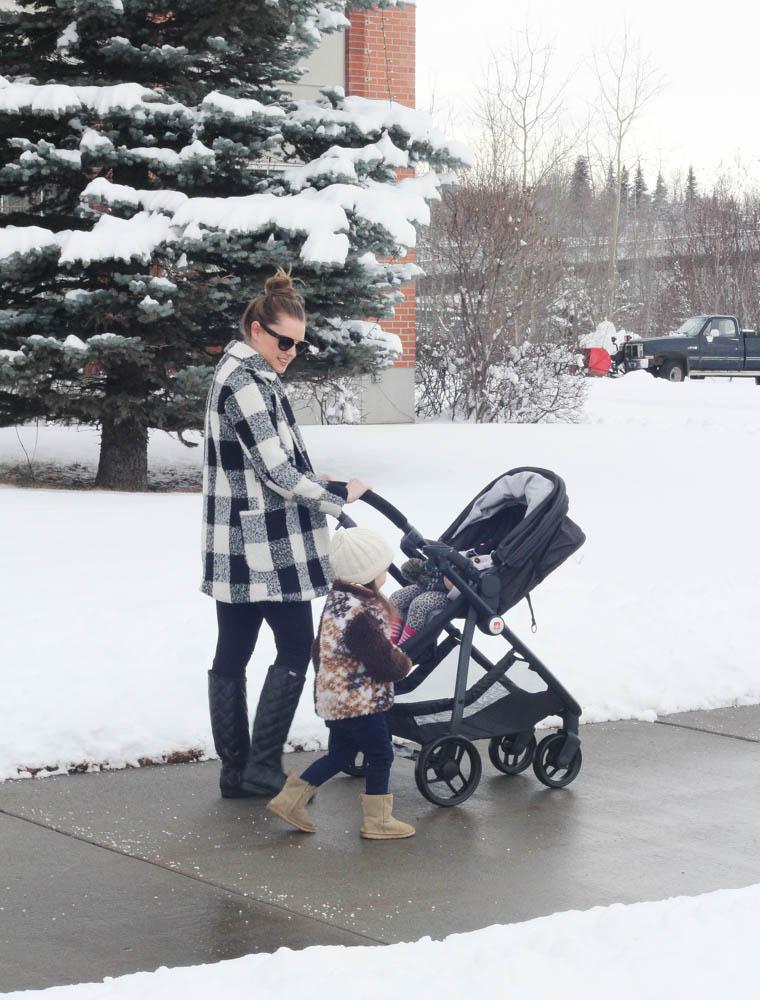 Mom Style- GB Lyfe Stroller -Babies R Us