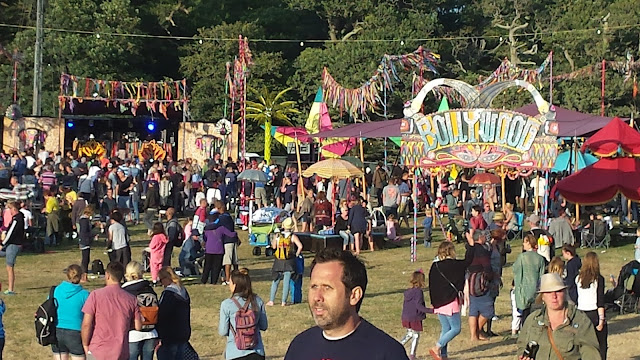 camp bestival crowds