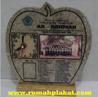 desain plakat, plakat penghargaan, plakat pernikahan, 0856.4578.4363, www.rumahplakat.com